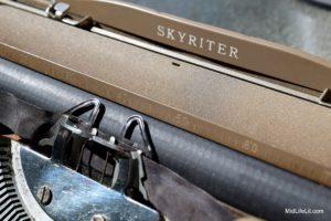 Skyriter logotype